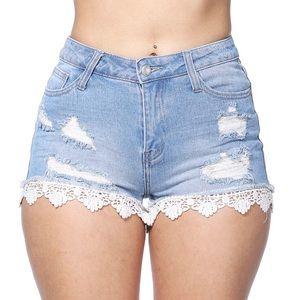 4 Pairs of Shorts : SZ Large
